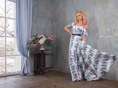 Летящий сарафан по мотивам Dolce&Gabbana. Сочный принт стручки гороха