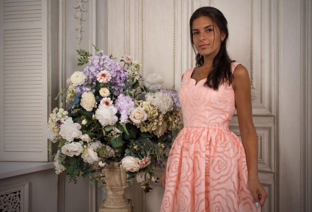 Аромат персиковых роз платье миди из огразы, 50% хлопка